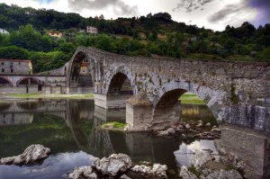 02-Ponte-Del-Diavolo-Borgo-a-Mozzano