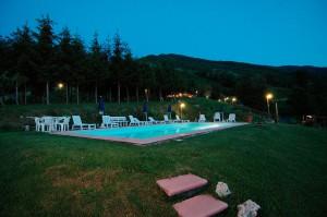 Ph-Agriturismo-Summer-esterno-piscina-notte