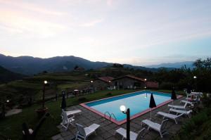 Ph-Agriturismo-Summer-piscina-esterno-notte