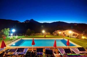 Ph-Agriturismo-Summer-piscina-notte-1